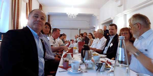 Mitglieder und Gäste beim 3. Unternehmerfrühstück der Initiative Reinickendorf