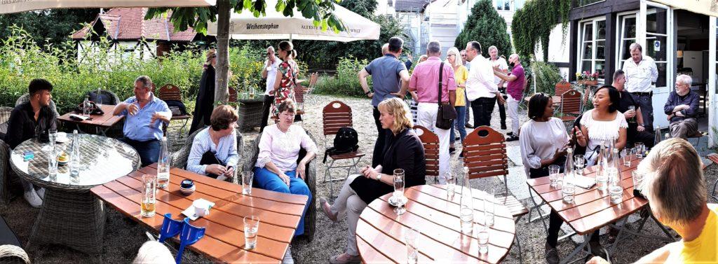 Mitglieder und Gäste beim Sommerfest 2021 der Initiative Reinickendorf